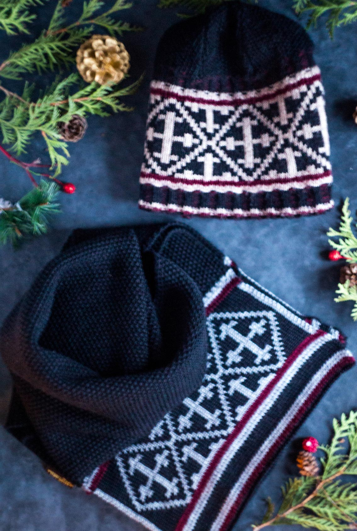 комплект шапка и шарф, hat and scarf set