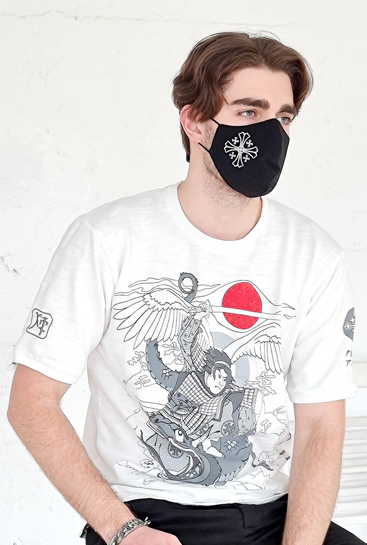 маска с крестом