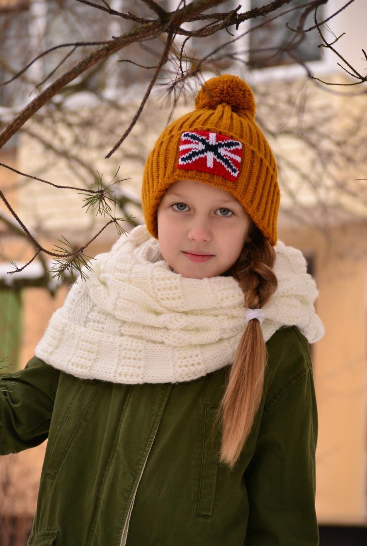 шапка с помпоном для девочки, hat with pompom for girls