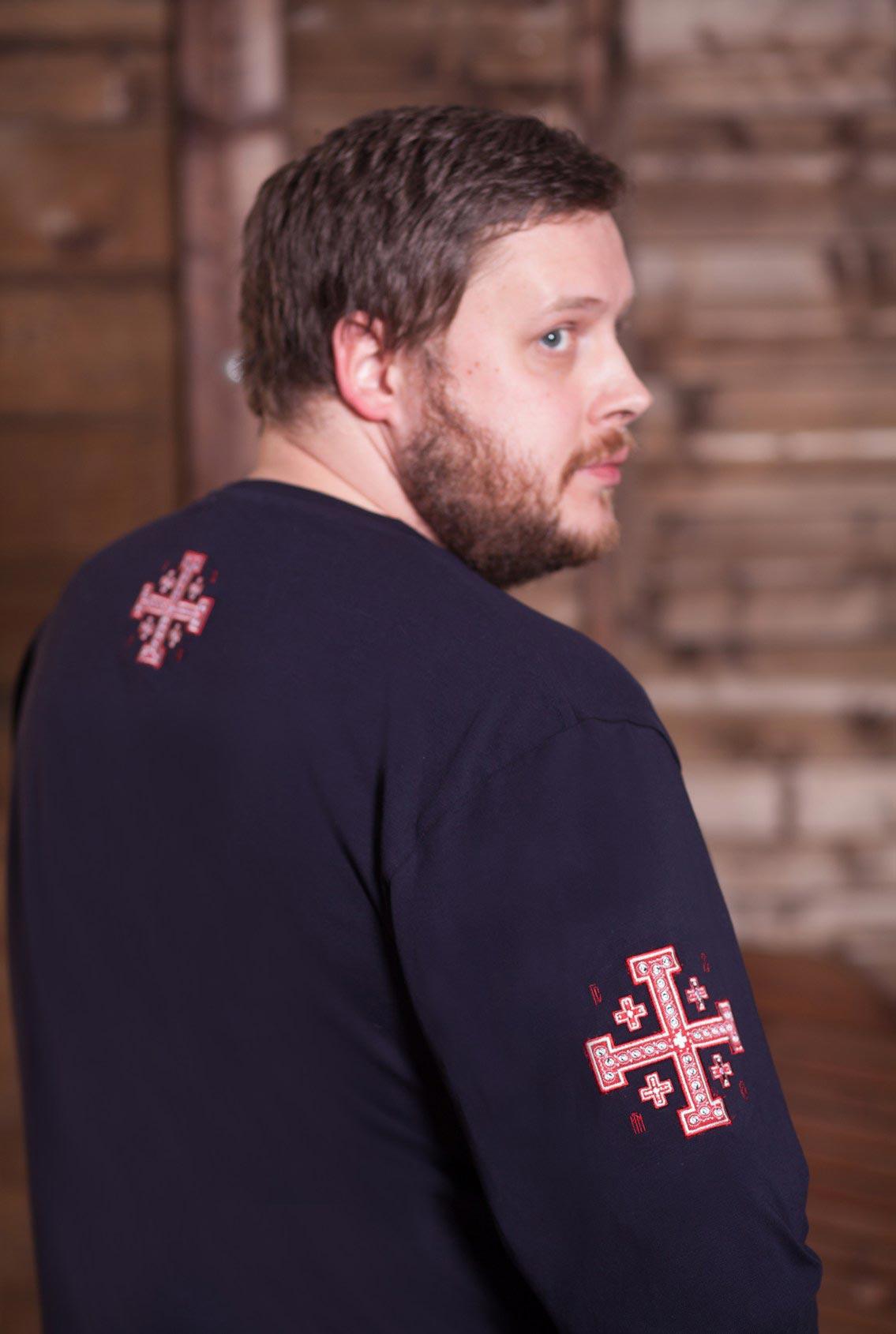 лонгслив с большим красным крестом, longslive with a big red cross