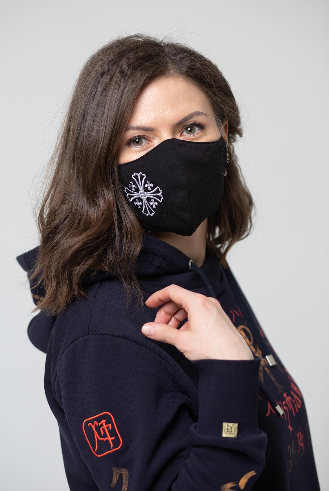 Модная маска