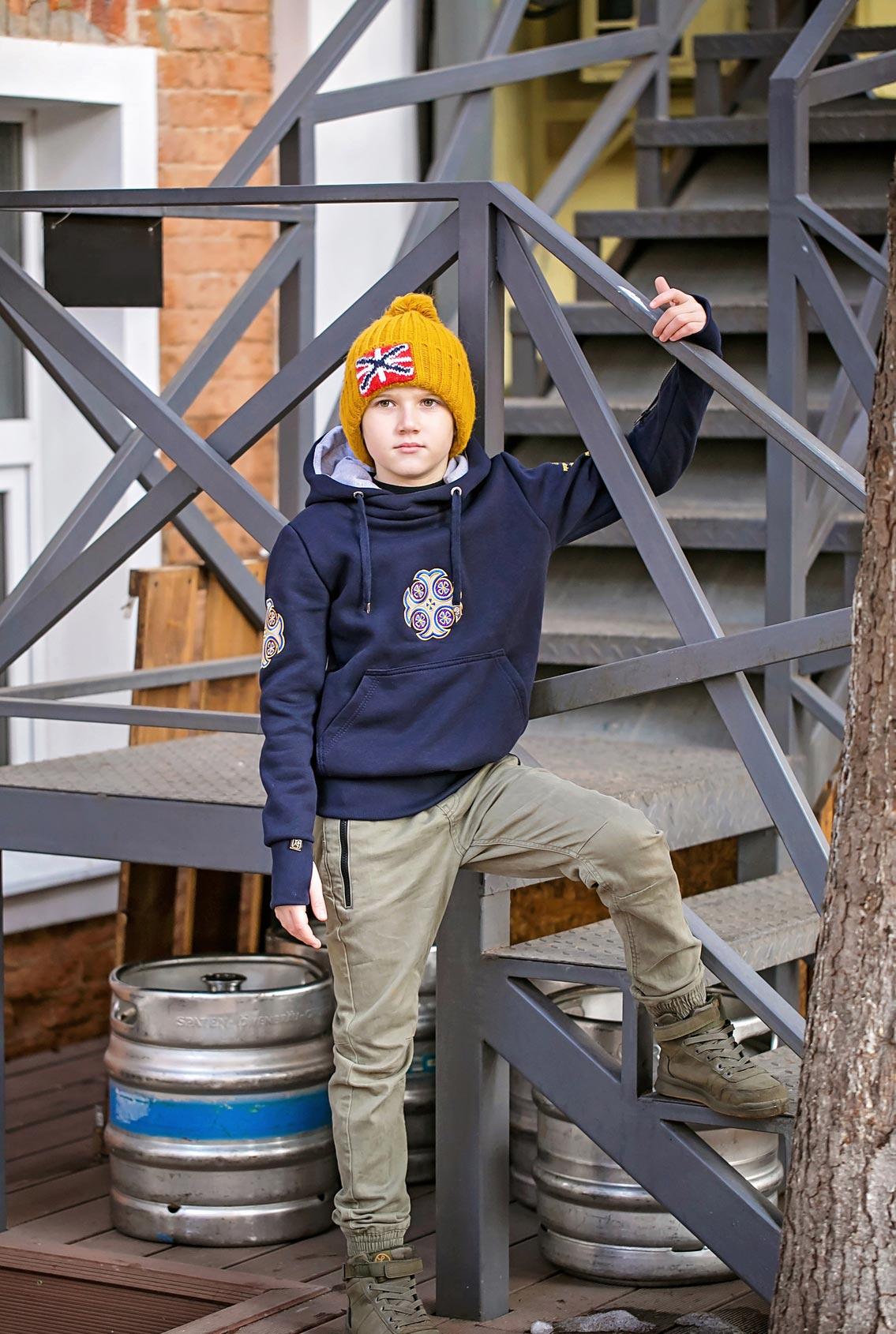 Вязаная шапка для мальчика, Knitted hat for boy
