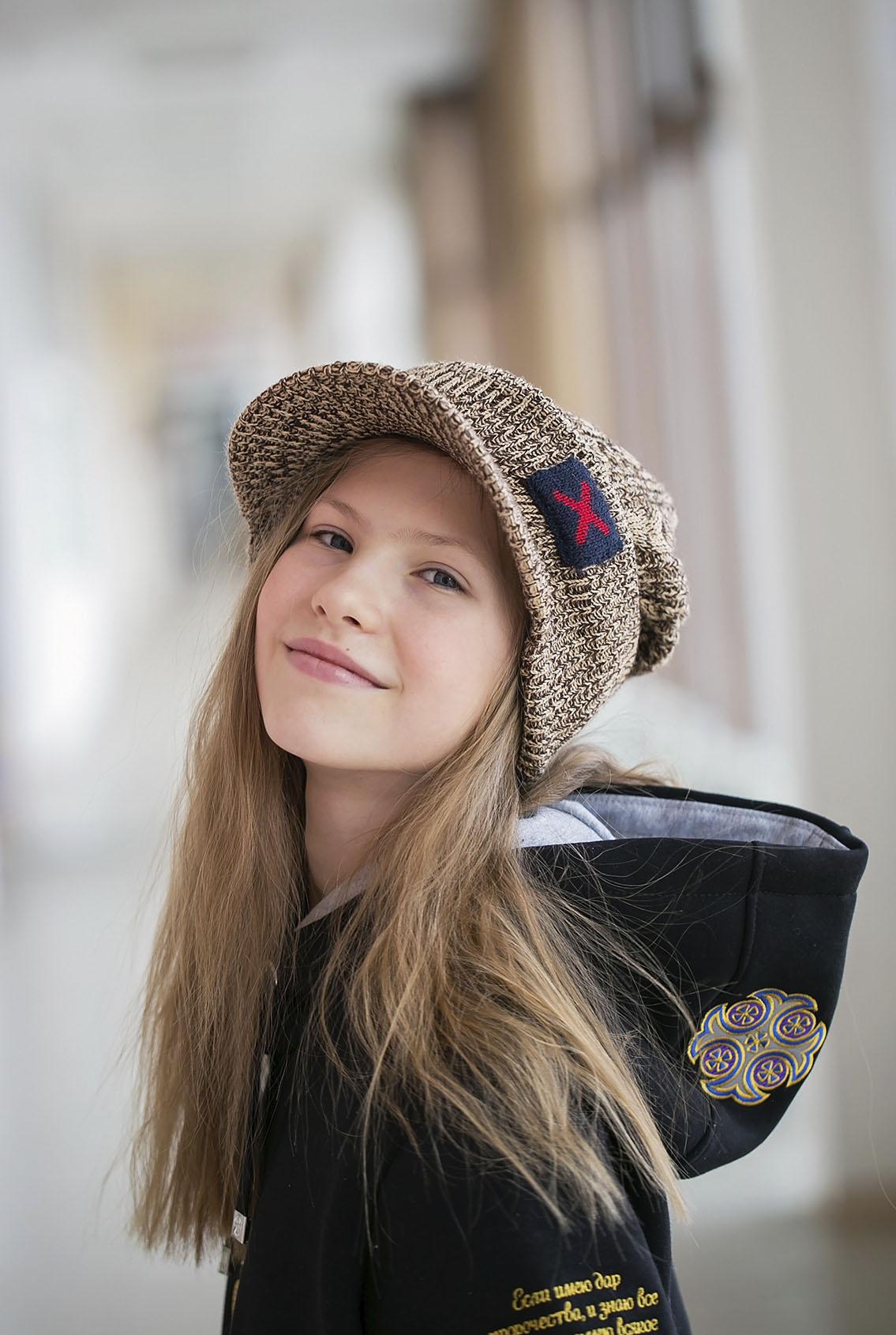 Подростковая шапка