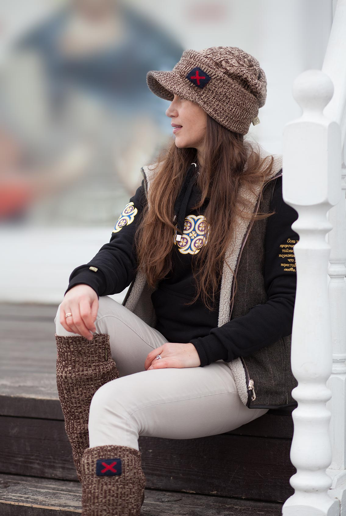 Женская зимняя кепка