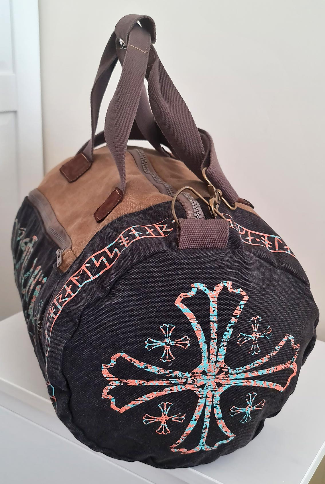 тканевая сумка с рунами